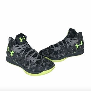 Under Armour Mens Size 10.5 Charged Lightning 3